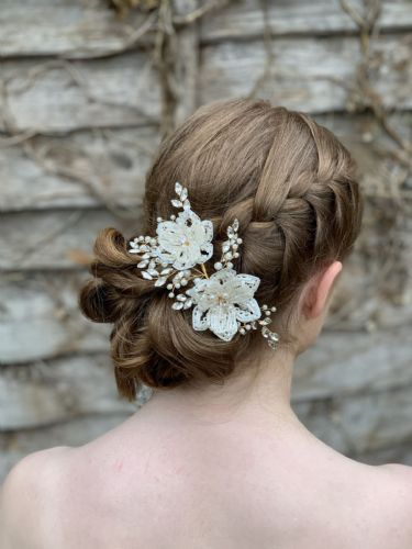 Rosella Floral Beaded Hair Clip.